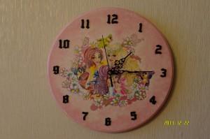 Zegar z Księżniczkami dla Julki 2