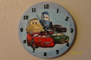 Zegar z autkami dla Adasia 2