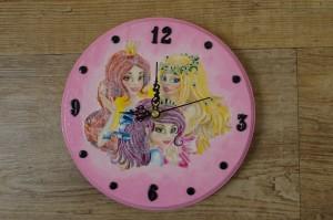 Zegar z księżniczkami dla małej księżniczki Natalki